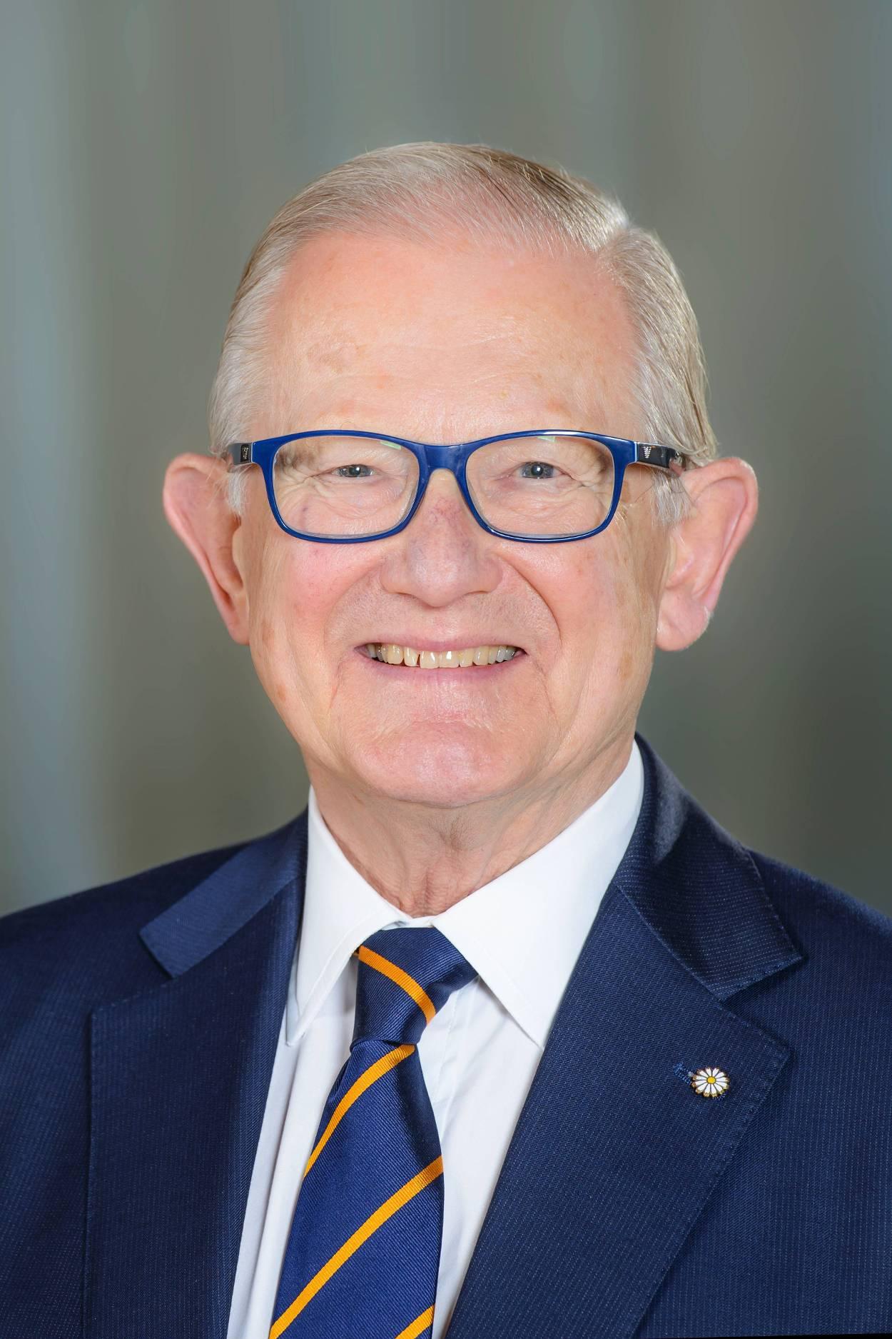 Pieter van Vollenhoven